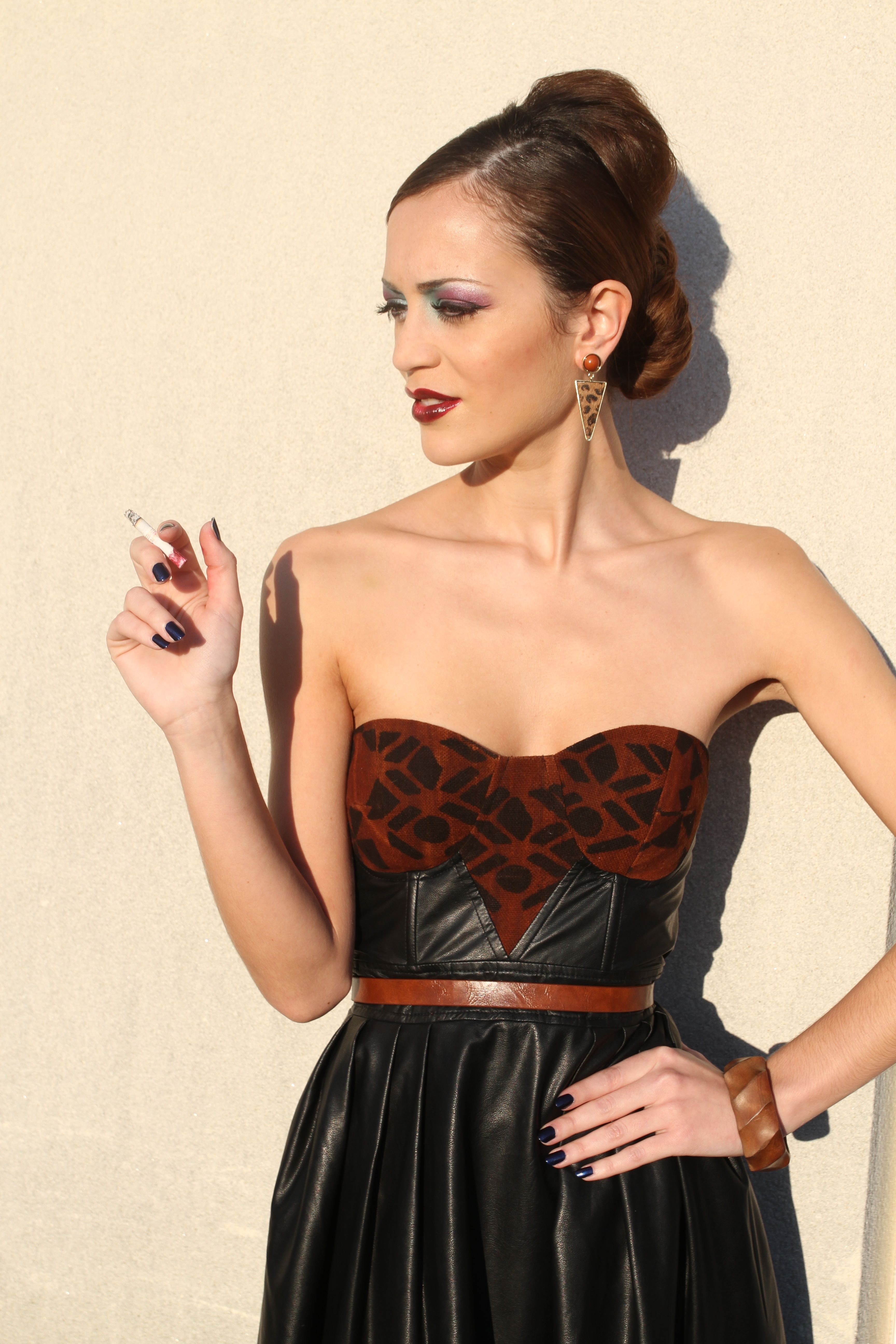 Long evening bustier dress made with leather and bogolan fabric