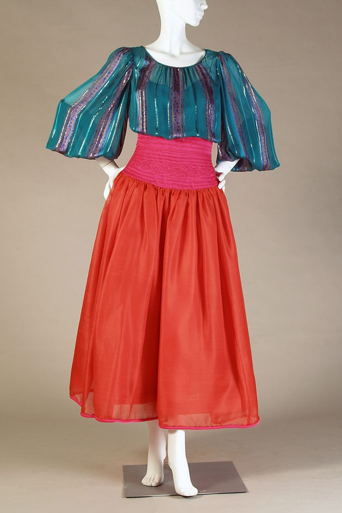 Two-piece evening ensemble, Oscar de la Renta, 1982, KSUM 1983.1.2039 ab.