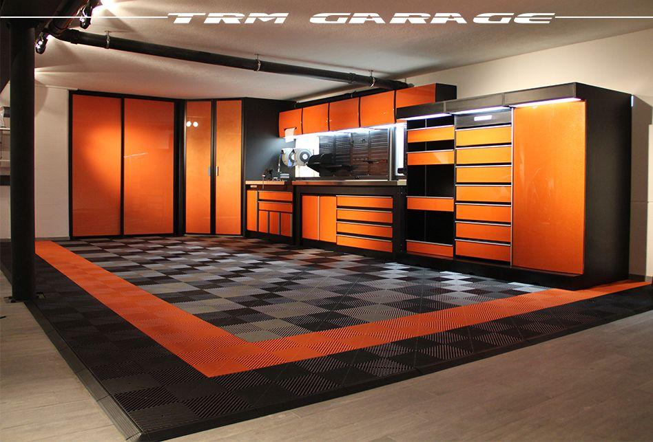 Epingle Par Trm Garage Sur Garages De Reves Meuble Garage Interieur De Garage Idee Deco Garage