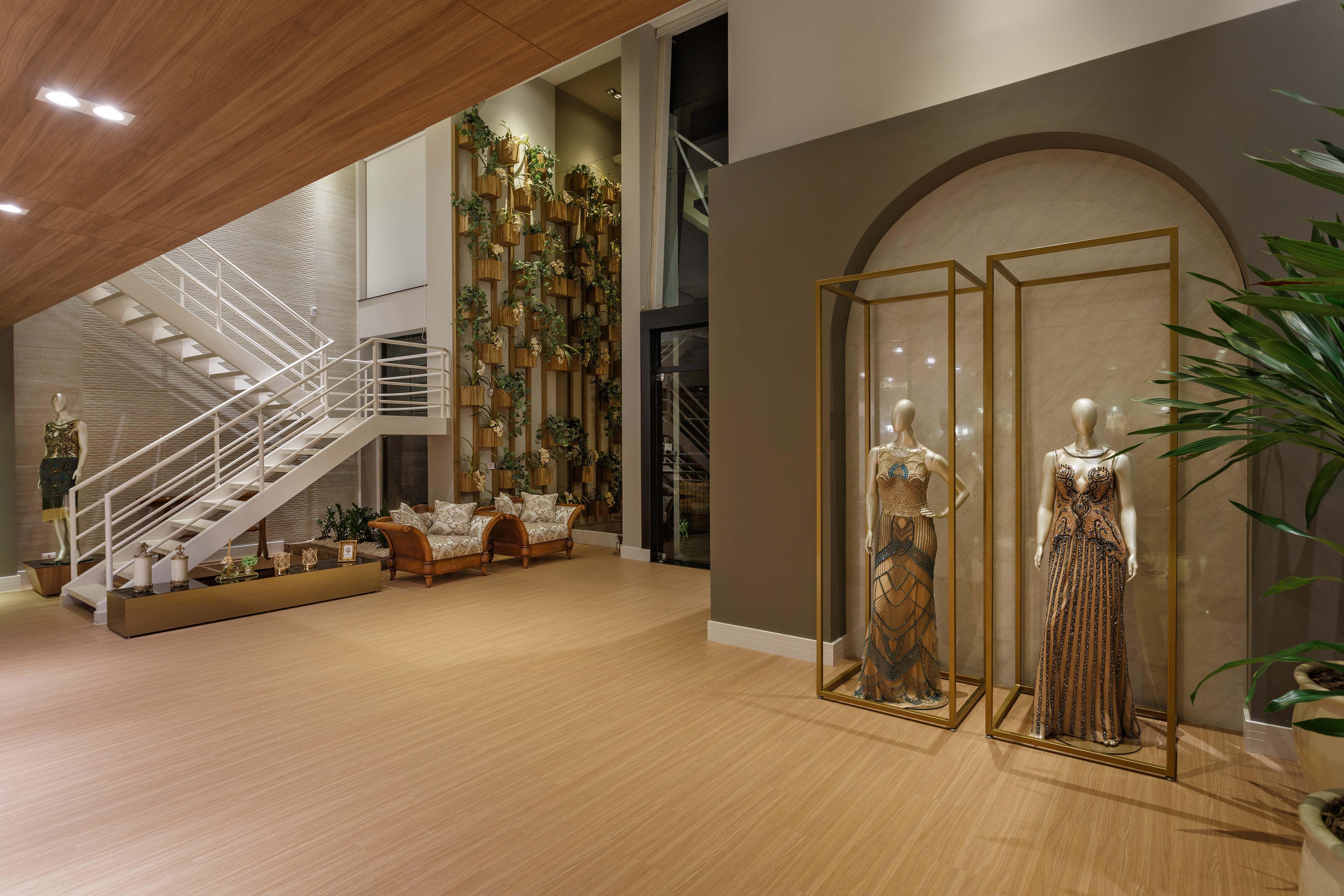 78b64510e Projeto de interiores para uma loja de vestidos de festa em Maringá-PR.