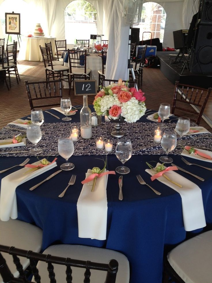 Love The Table Set Up With The Burlap Table Runner