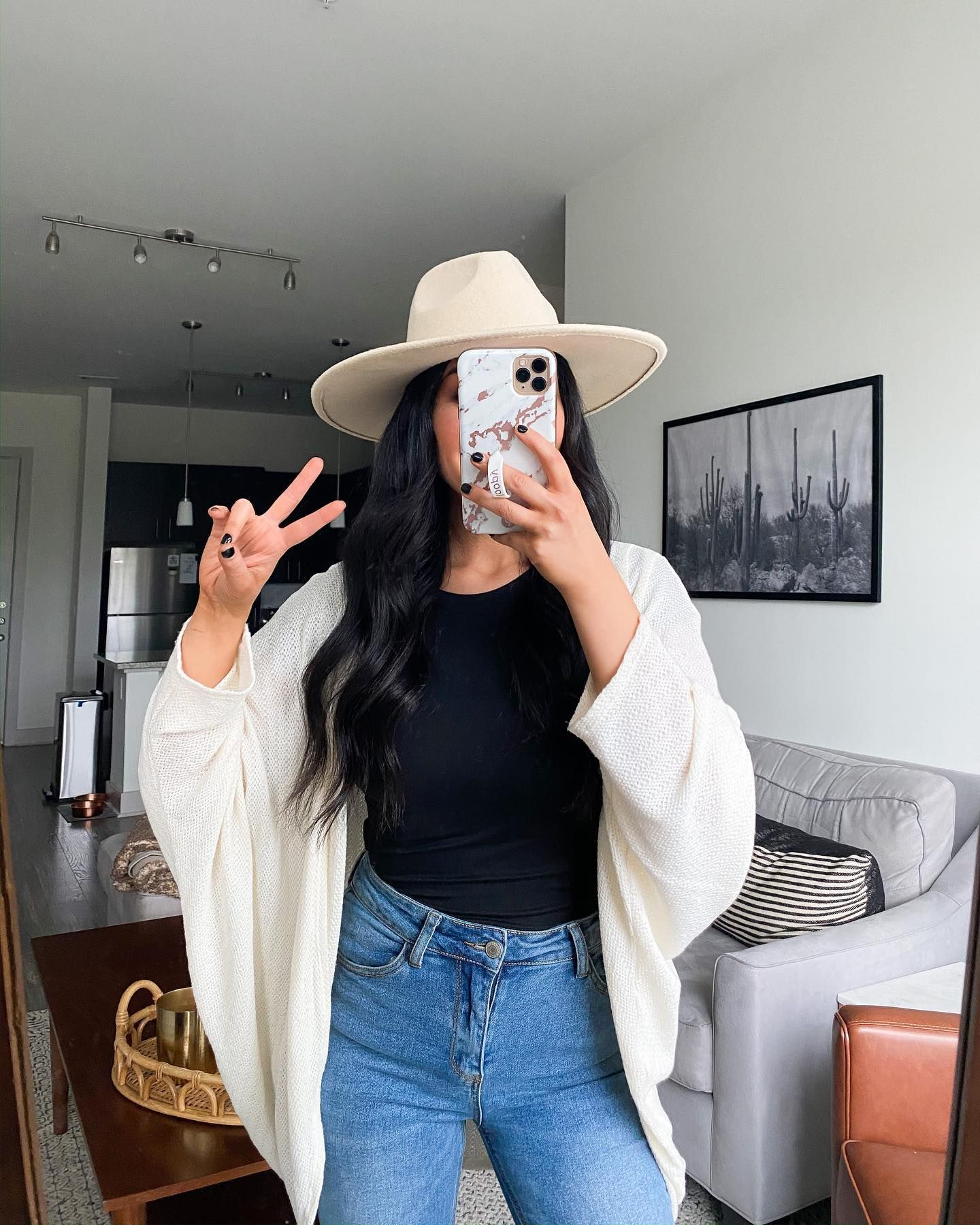 Raquelootd Is Heading Onto Stories To Show You Her Favorite Spring Styles Tap To Watch In 2020 Pretty Maxi Dress Cute Casual Outfits Fashion