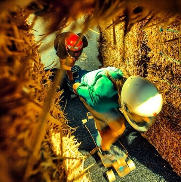 Barn ride #longboarding #longboard #longboardskateboard #skating #skate #skateboard #skateboarding #sk8 #carve #carving #cruise #cruising #bomb #bombing #bombhills #bombhillsnotcountries #speed