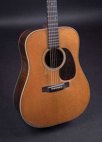 martin d 28 1942 philadelphia folk festival 2017 vintage guitars guitar archtop guitar. Black Bedroom Furniture Sets. Home Design Ideas