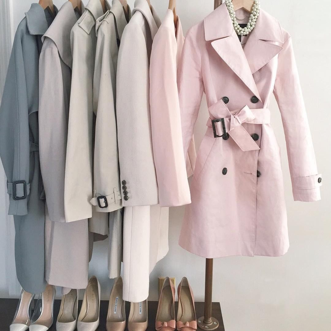 Currently Loving Jean S Of Extra Petite Closet And Her Dusty Pink Belted Mac Trench Its The Perfect Trench For Spring Coat Fashion Clothes [ 1080 x 1080 Pixel ]