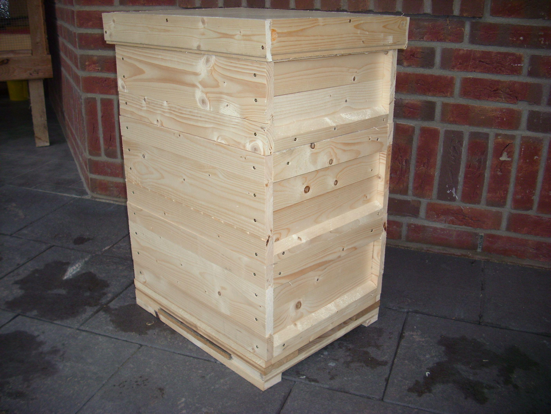 bienenkasten bienenbeute bauen ist nicht schwer man muss aber einiges beachten hier eine. Black Bedroom Furniture Sets. Home Design Ideas