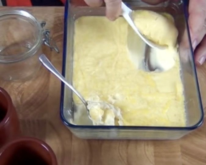 How To Make Clotted Cream Devonshire Or Cornish Cream Steve S Kitchen Clotted Cream Recipes Food Tea Recipes