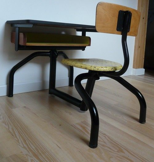 Ancien bureau d 39 colier d cor en jaune et noir meubles for Relooker bureau ecolier