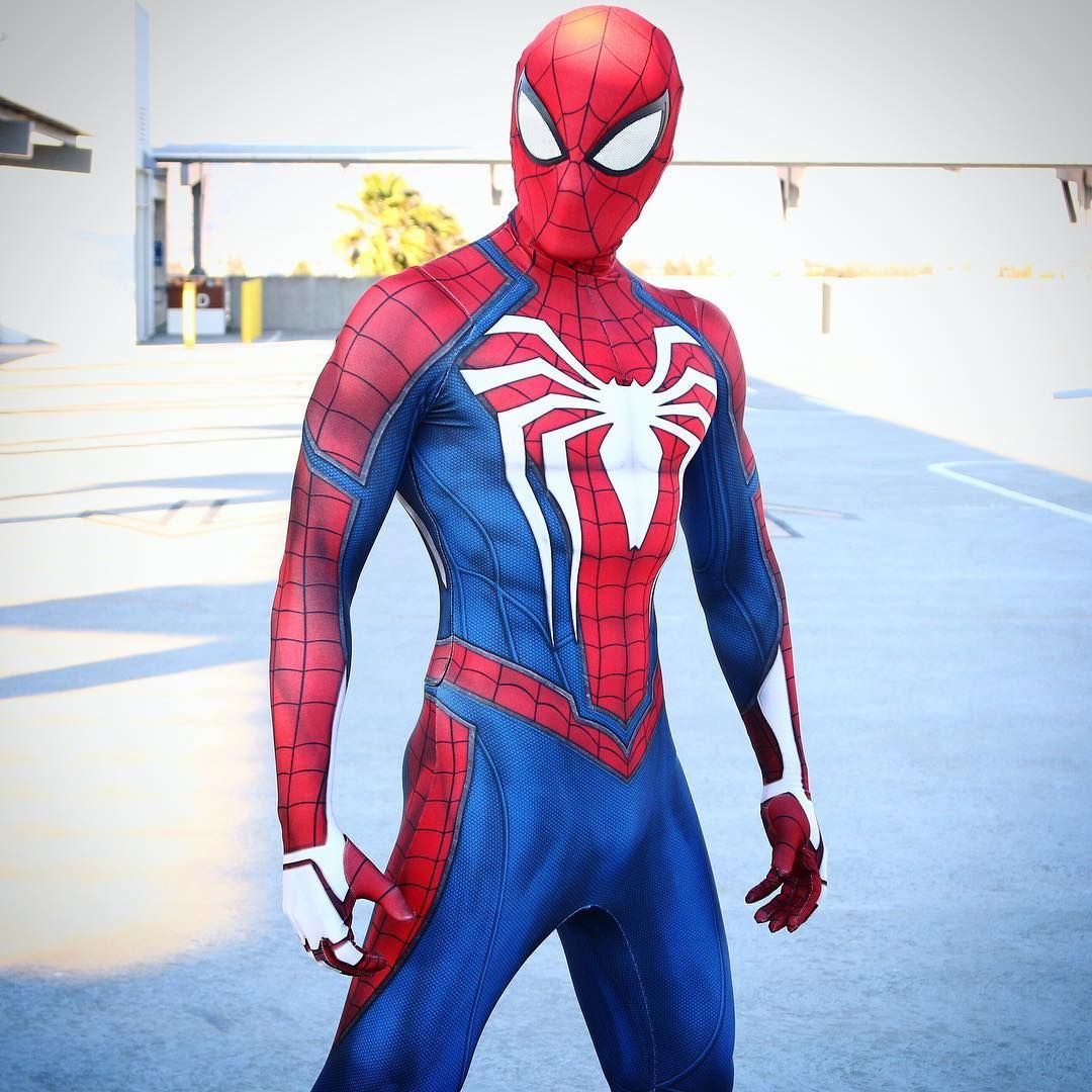 Image may contain one or more people Spiderman
