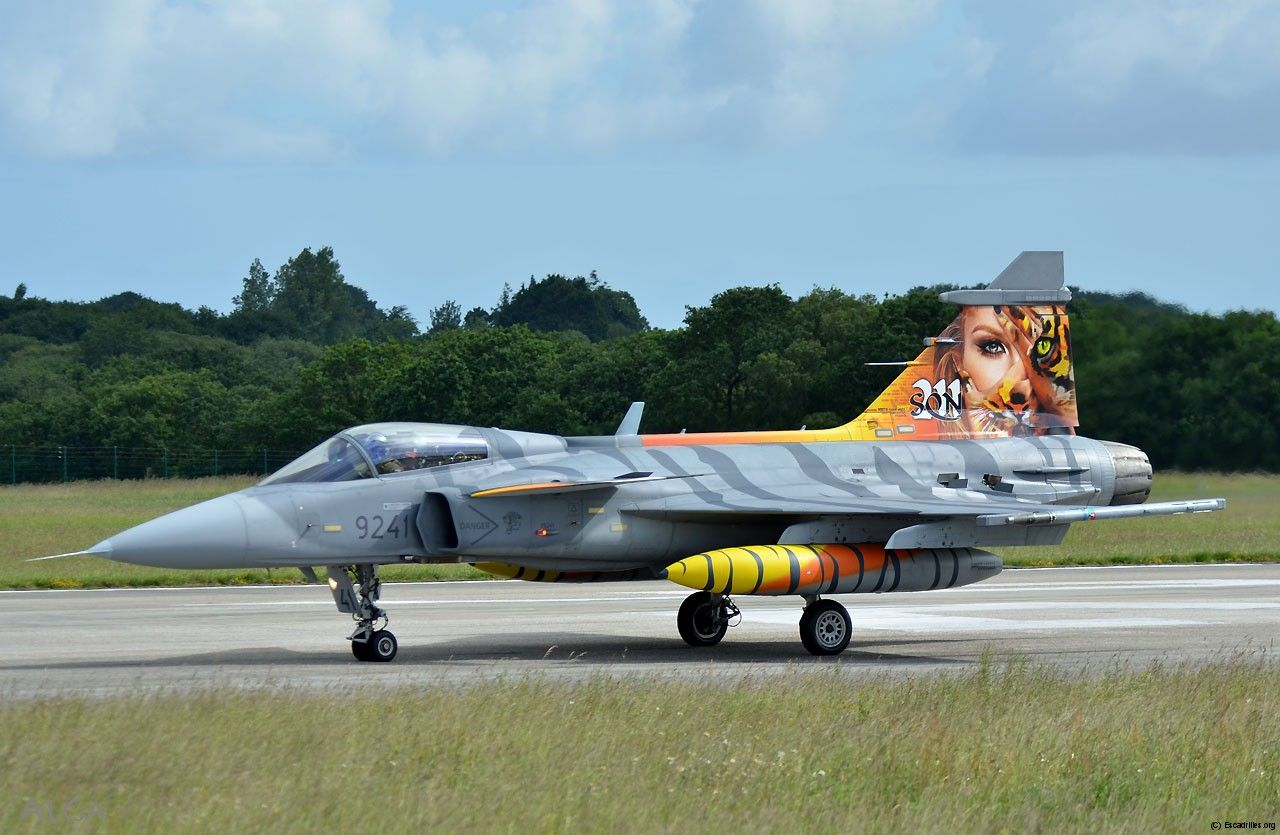 Decoration Marine Nationale The Sublime Decoration Of The Czech 211 Sqn Saab Jas 39 Gripen At