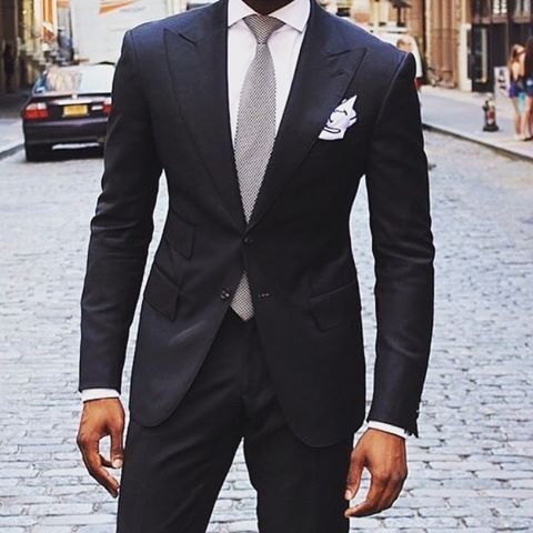 Formal Look - Black Suit x White Shirt x Silver Tie x White Pocket ...