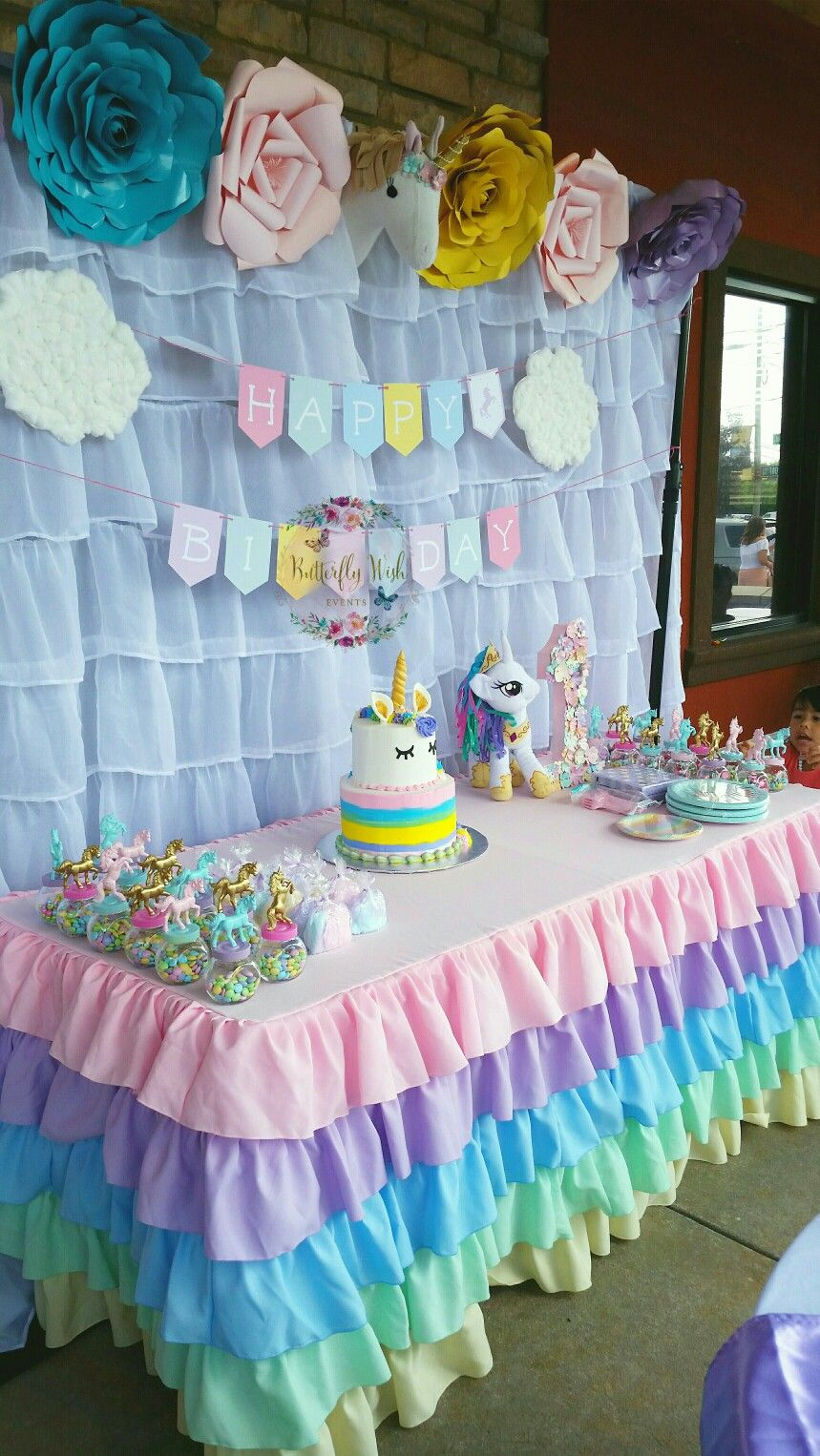 Unicorn birthday party postres y mesas decorativas for Tavolo unicorno