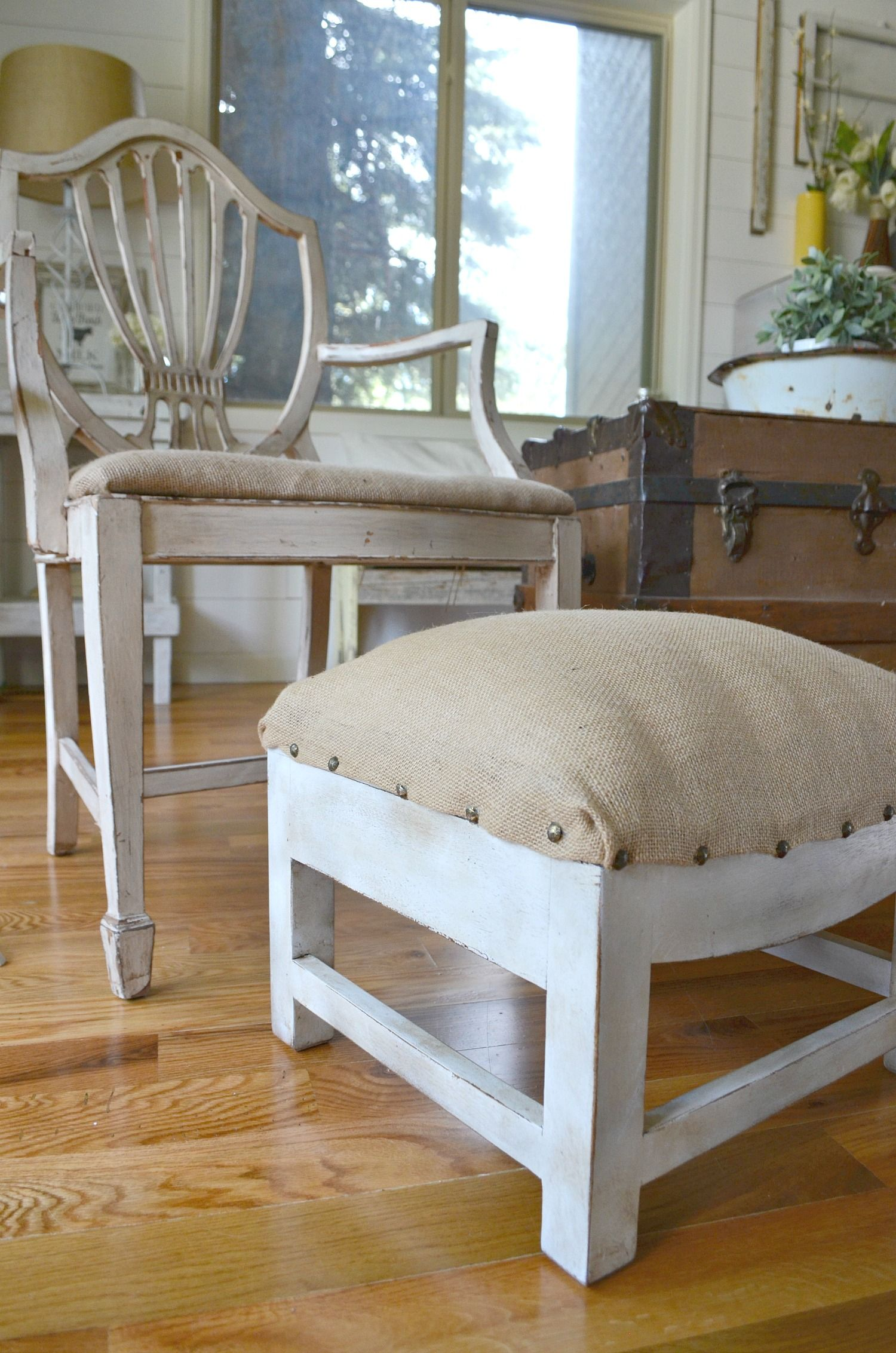 Easy Farmhouse Style Foot Stool Makeover Diy ottoman