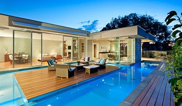 Zwembad In Huis : Australische huis heeft zwembad met eiland roomed.nl inspiring