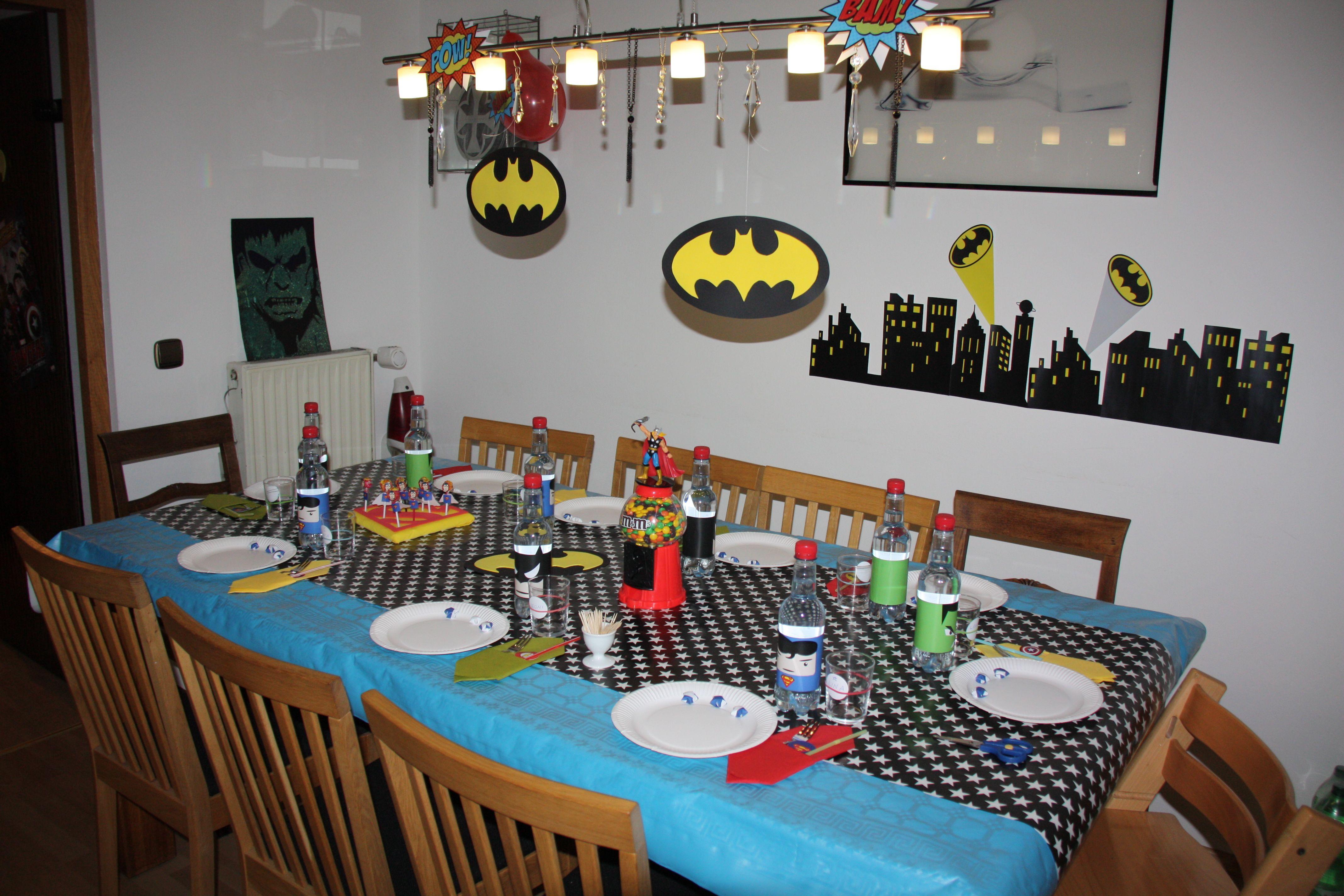 Wohnzimmertisch Deko ~ Tisch deko louis superhero party superhero party