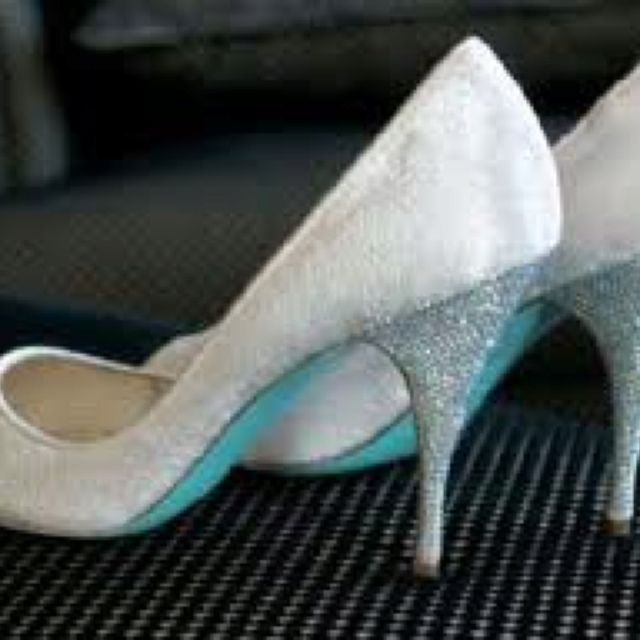 All Hail To Our Shoe G D Louboutin And His Incredible Bridal Heels These Are Ivory Velvet With Tiffany Blue Sole Blinged Out Swarovski Crystal