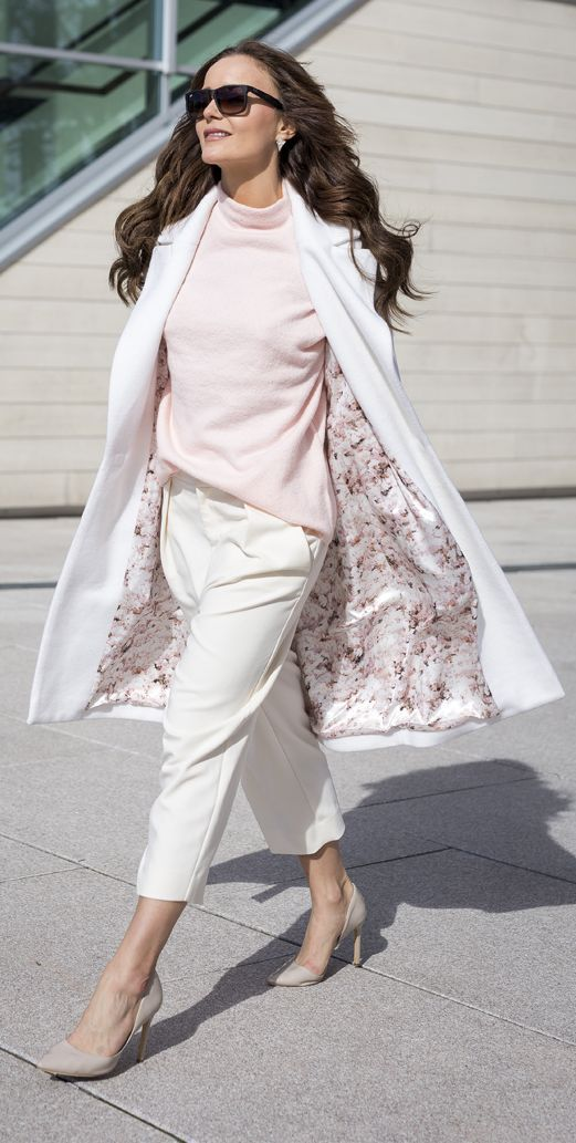 Floral Lining Coat Outfit Idea