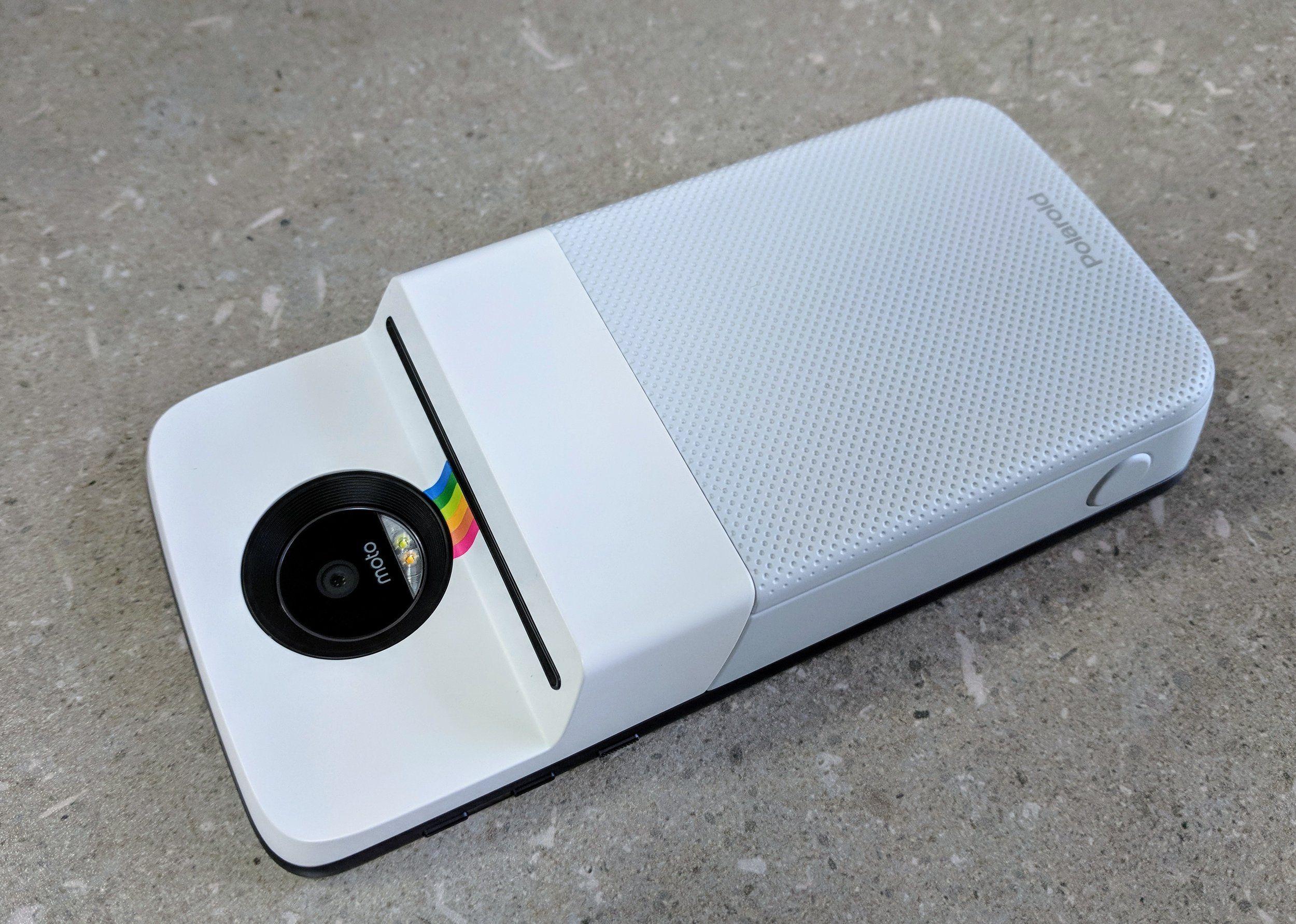 May 16 Motorola Moto Mod Polaroid Insta-Share Printer Review
