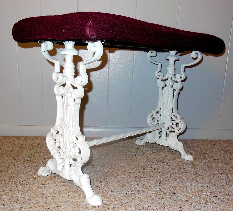 Ornate Victorian Bench Antique Cast Iron table legs claw feet garden ...