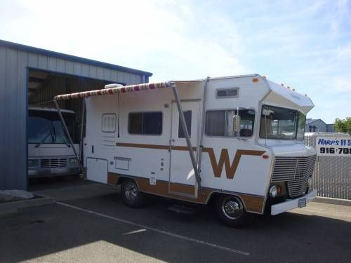 1973 Winnebago Brave 18' $22500 - hey this is Dennis' s motor home