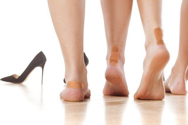 Técnicas caseiras fáceis para evitar e curar bolhas e calos nos pés - http://comosefaz.eu/tecnicas-caseiras-faceis-para-evitar-e-curar-bolhas-e-calos-nos-pes/