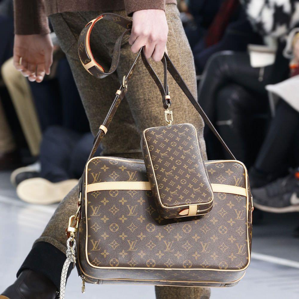 Monogram Makes A Major Comeback At Louis Vuitton S Fall 2015 Menswear Show Purseblog Vuitton Louis Vuitton Louis Vuitton Bag
