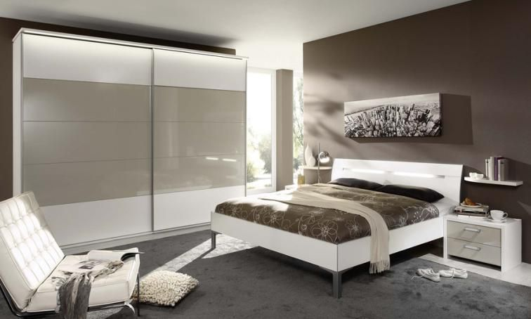 Solo High Gloss White Bedroom Furniture White gloss