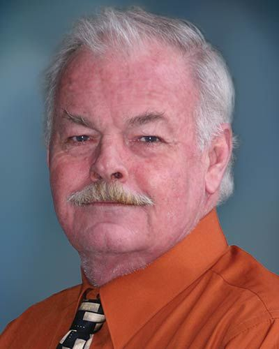 Meet Guy Davis of Coldwell Banker Grass Roots Realty in our Grass Valley Office (530) 205-4615