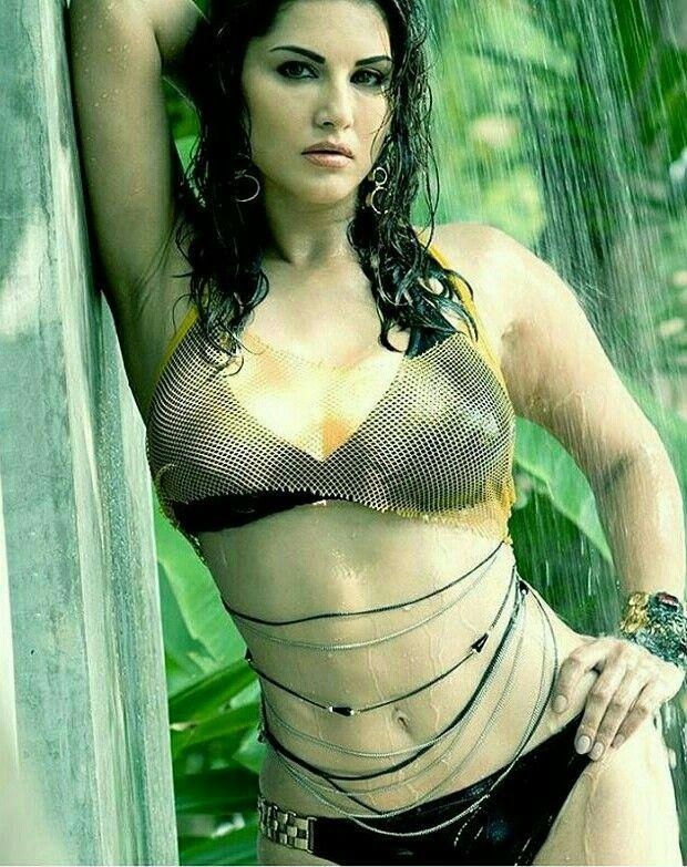 Sunny leone wet 🔥 hot