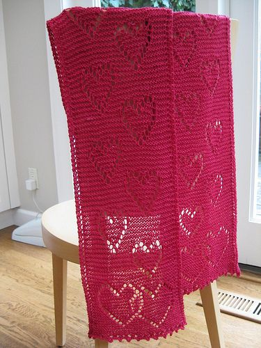 garter stitch scarf with hearts
