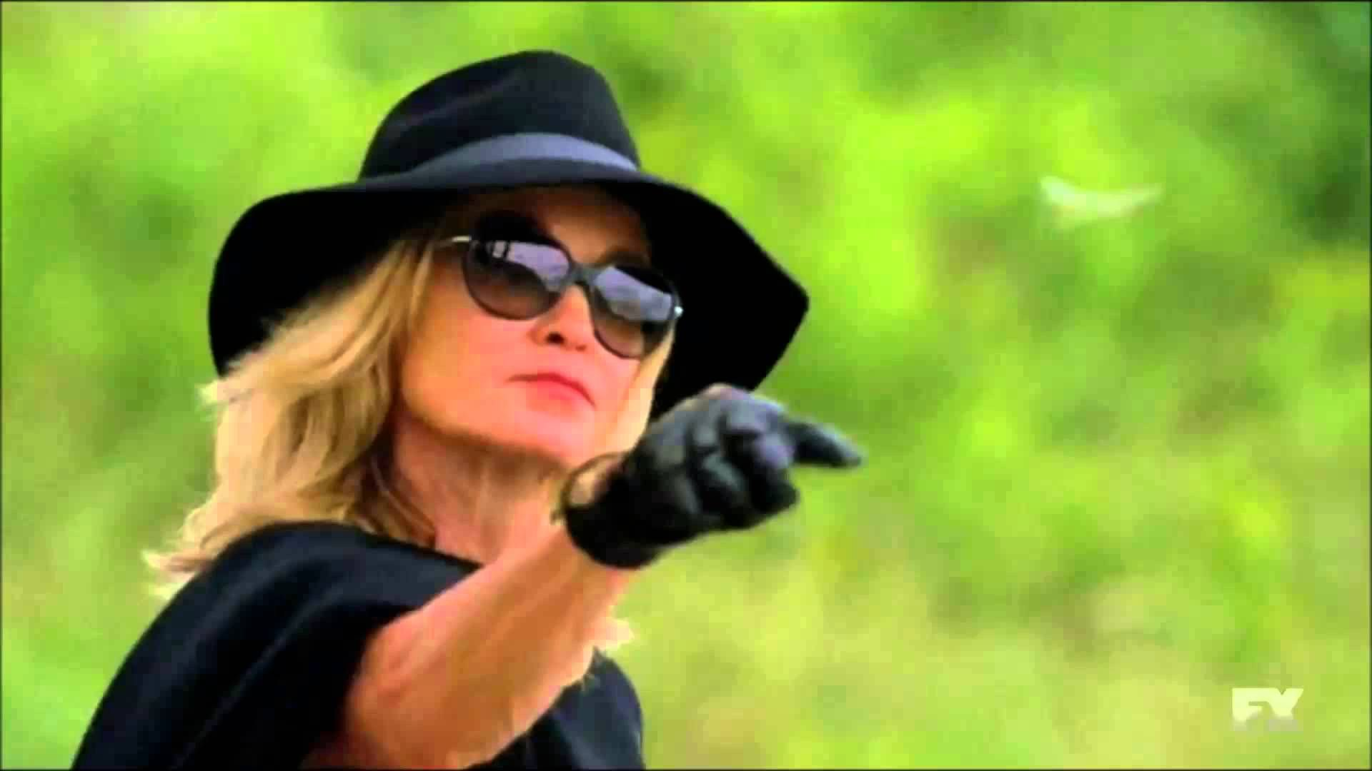 American Horror Story :Coven 03x05 Dr. John - Right Place Wrong Time