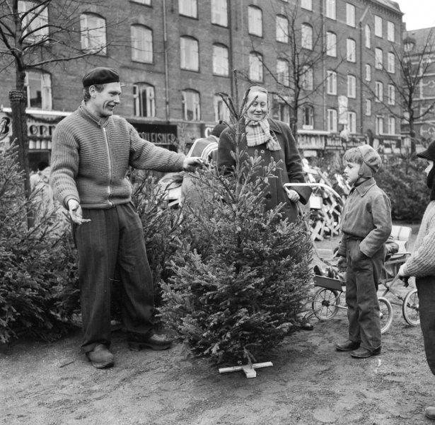 Se Billederne Jul I Gamle Dage I København Danmark Wwwbtdk