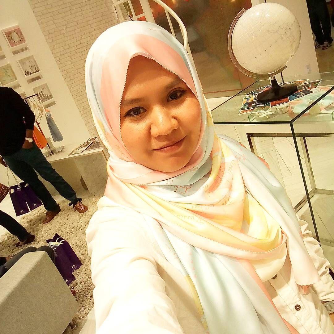 All The Bloggers And Reen Rahim For Sepetang Bersama Reen Rahim