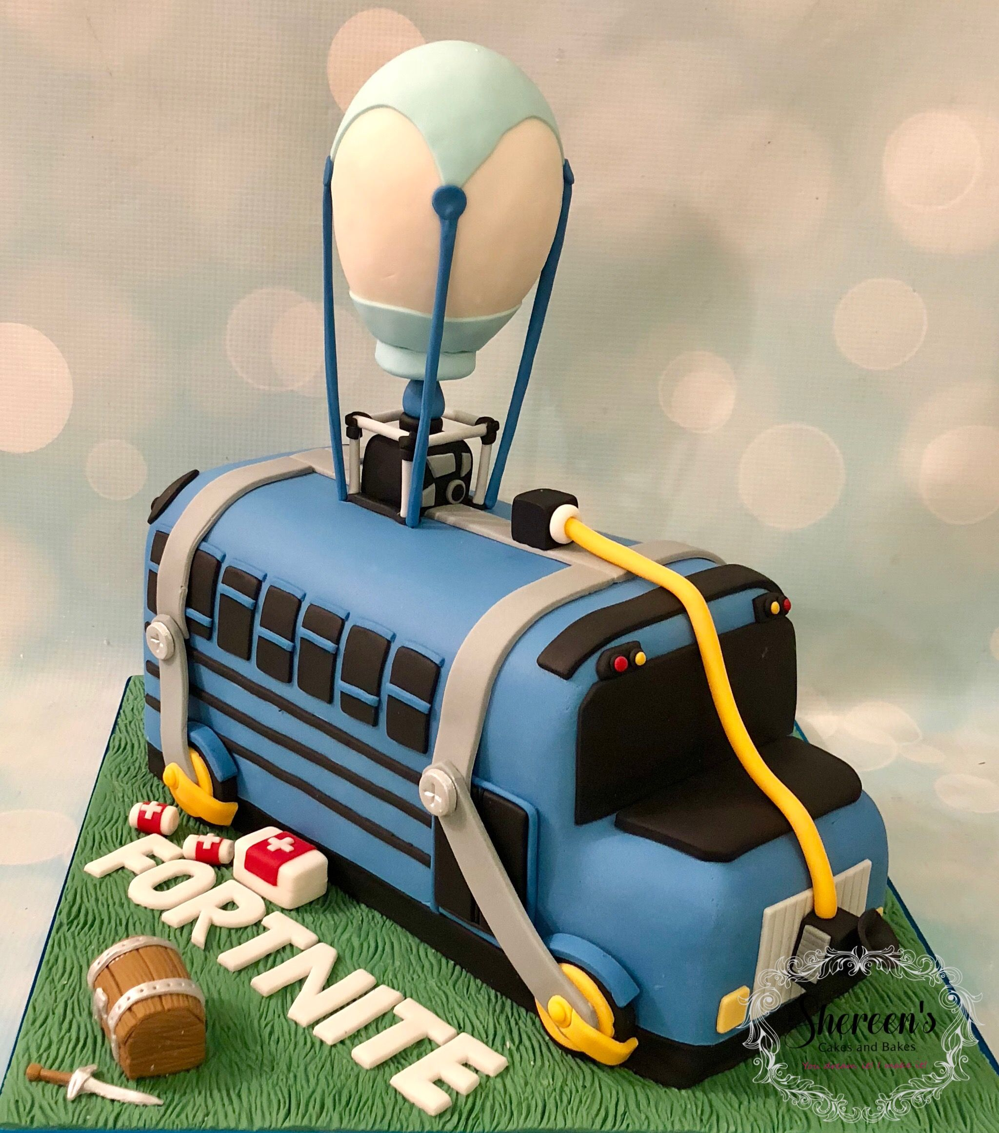 Fortnite Battle Bus Novelty Birthday Cake