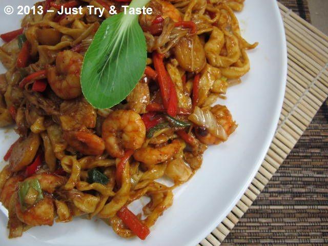 Just Try Taste Mie Goreng A La Shanghai Makan Malam Resep Masakan Asia Resep Masakan Indonesia