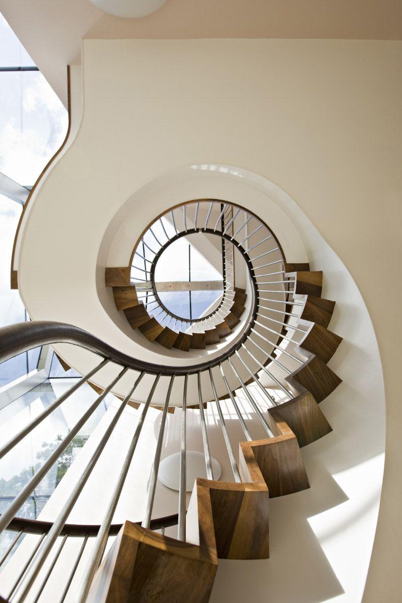 Best Upward Spiral Neutral Circular Stairs Staircase 640 x 480