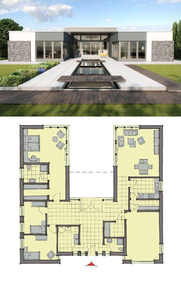 Bungalow Haus mit Flachdach Architektur & Garage, modern in Uform mit Innenhof, Pool Terrasse & Klinker Putz Fassade, 4 Zimmer Grundriss ebenerdig - Einfamilienhaus eingeschossig bauen Ideen Fertighaus Cote d�Azur von GUSSEK HAUS - HausbauDirekt.de #hausdesign