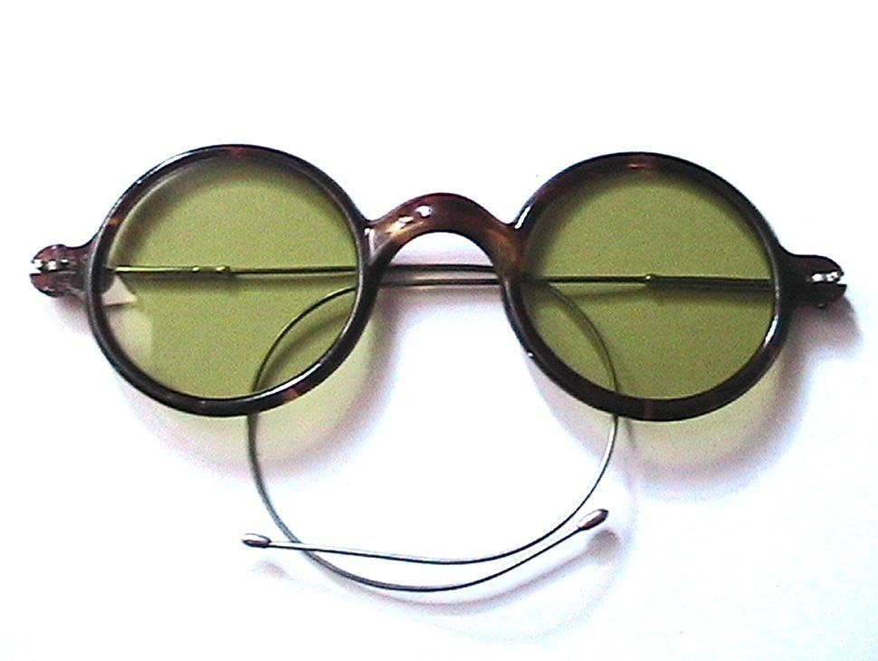 aa232dc215 FRENCH 1920s ROUND SUNGLASSES -CELLULOID TORTOISE   GREEN LENSES-IN VINTAGE  CASE  FromaFrenchEstate  RoundSunglasses