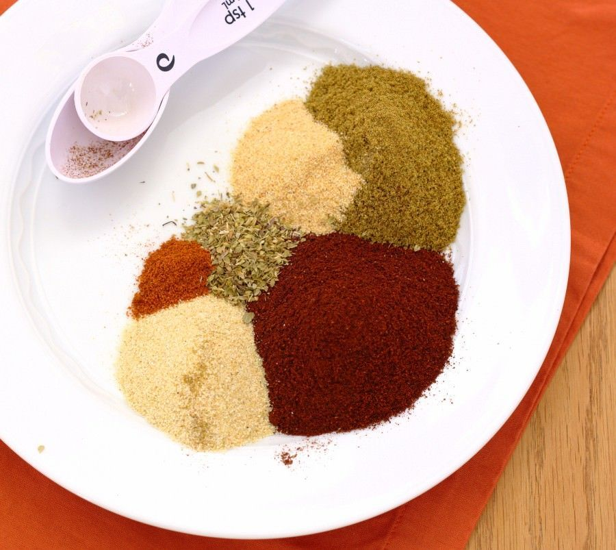 Homemade Taco Seasoning - you'll never buy a packet at the store again. | Kristine's Kitchen #tacoseasoningpacket Homemade Taco Seasoning - you'll never buy a packet at the store again. | Kristine's Kitchen #diytacoseasoning
