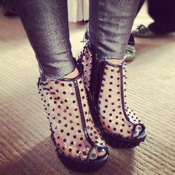 Aria's shoes!