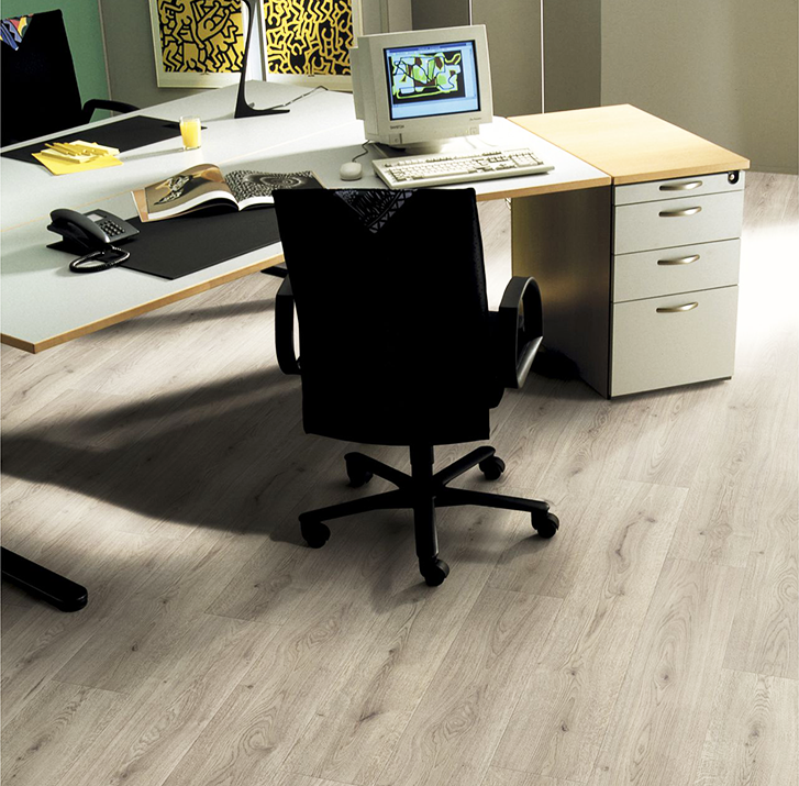 Kronotex piso laminado 10 mm trend oak grey 1 598 m2 for Pisos laminados homecenter