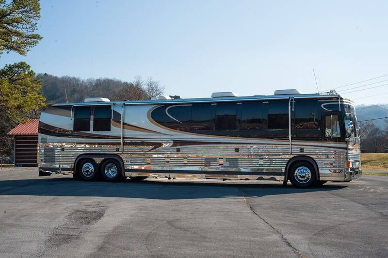 1999 Prevost Royale for sale by Owner - Erwin, TN | RVT com