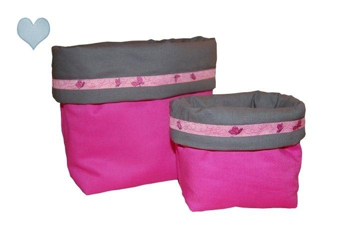 Utensilo 2er Set Stoffkörbchen ☆ Pink Butterfly... von Herzsachen ♥ auf DaWanda.com Utensilo Gross:~ umgeklappt: ca. 20cm hoch und ca. 29cm breit Utensilo Klein:~ umgekappt: ca. 12cm hoch und ca. 19 cm breit,   19,90