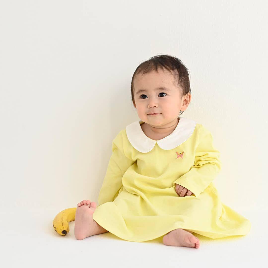 丸襟刺繍ワンピース ちょうちょちゃん 3 270 税別 赤ちゃんにも良く似合う優しいレモンカラーは 初めてのワンピースにもぴったりです まだまだブカブカ いえいえ 赤ちゃんの小ささを感じる着こなしは 今だけの可愛さ 日々の成長をち baby