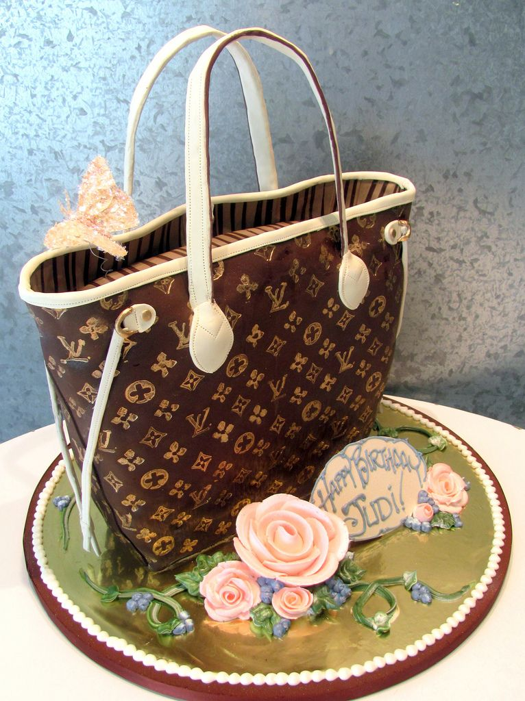 Louis Vuitton Bag Birthday Cake With Images Louis Vuitton Cake Handbag Cakes Birthday Cupcakes For Women