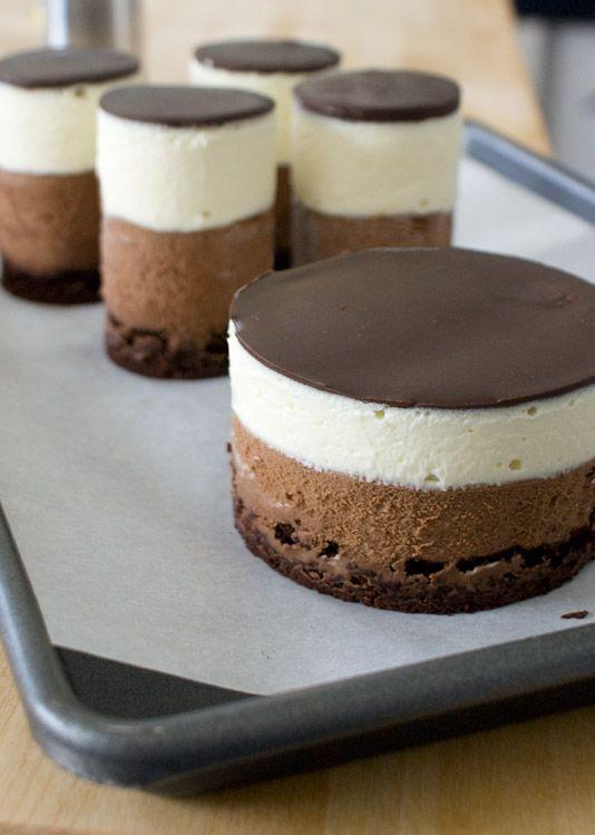 Zweierlei Schokolademousse im Glas