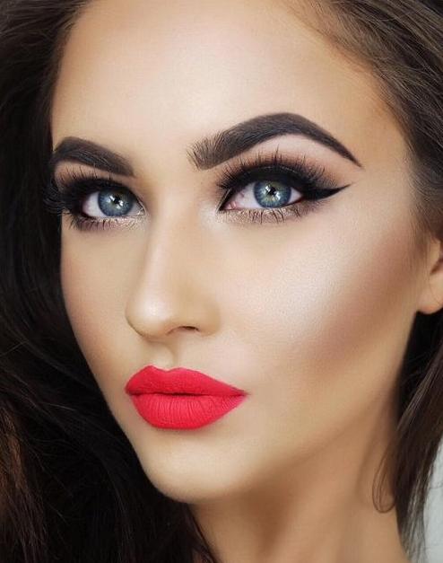 Neue Eyelinerfarbe und Augen Schminken Beispiele Eyelinerfarbe für braune Augen