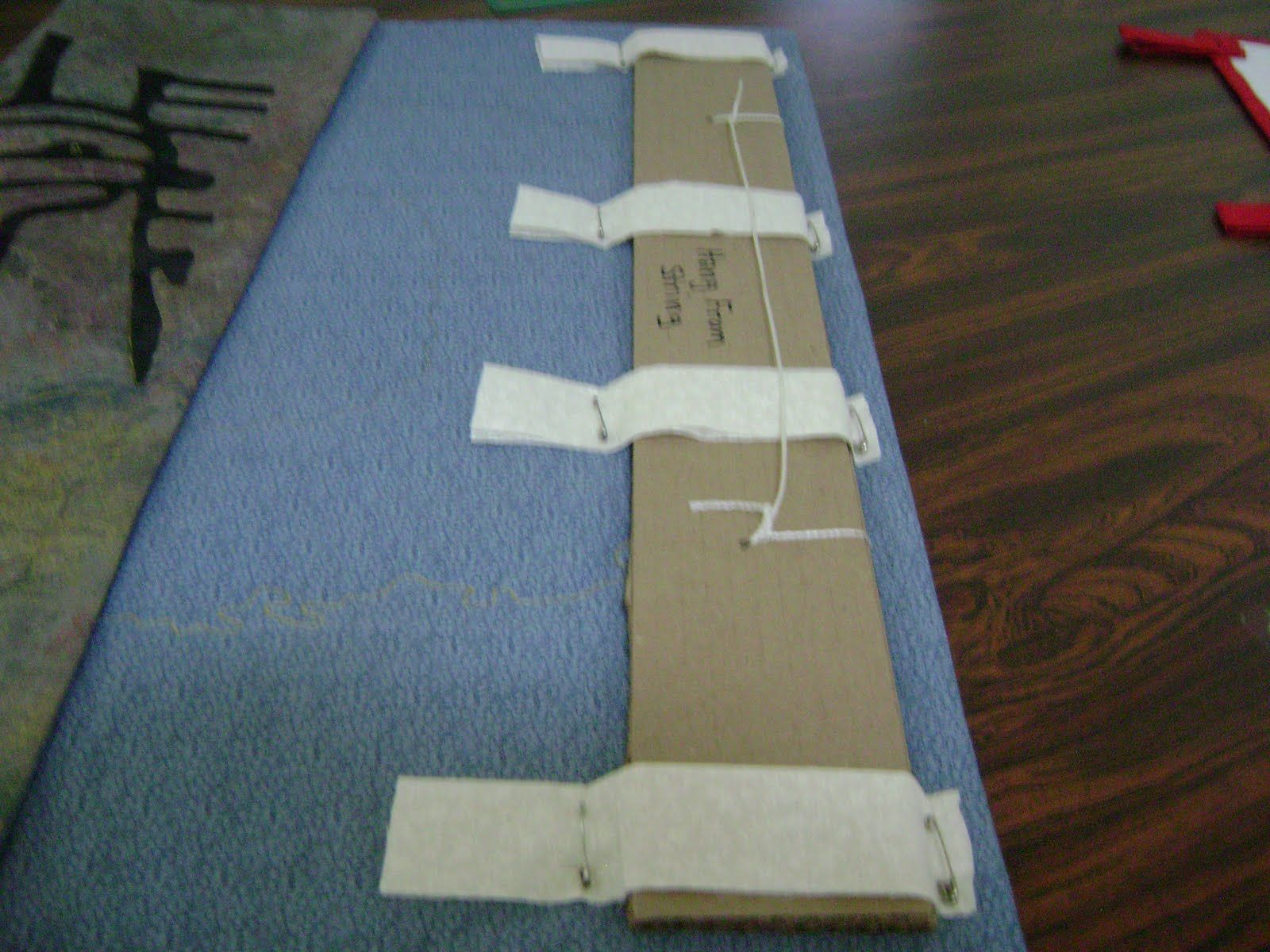 Wall Quilt Hanger Small Quilts Quilt Hangers And Quilt