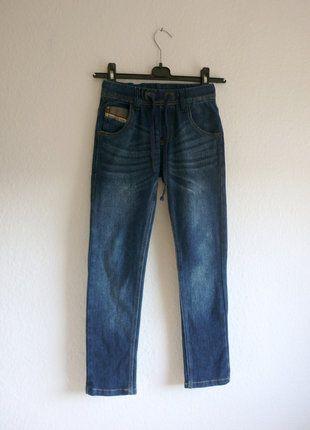 À vendre sur #vintedfrance ! http://www.vinted.fr/mode-enfants/pantalons/25872493-pantalon-jean-slim-skinny-bleu-brut-enfant-garcon-8-ans-134-cm