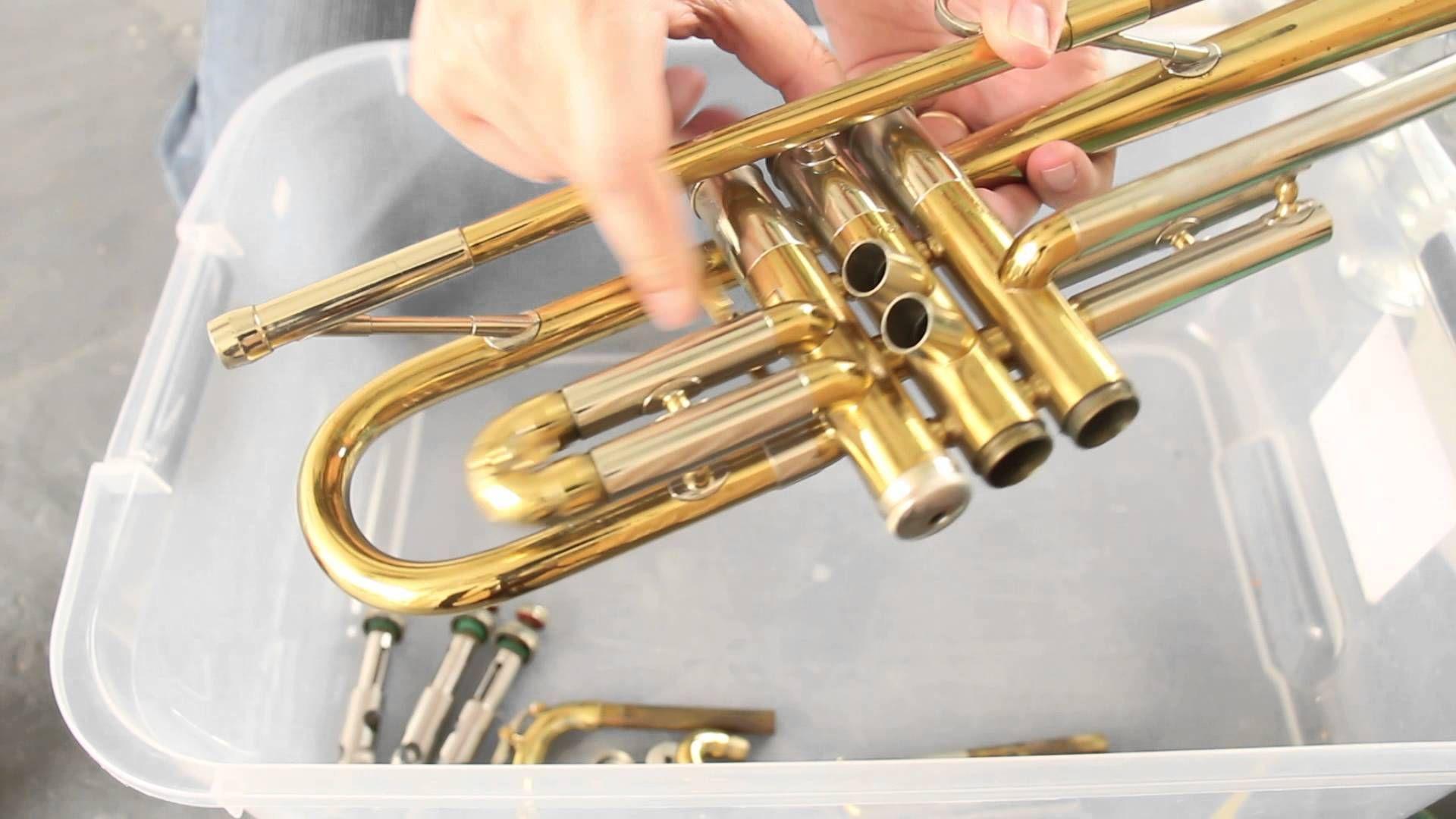 Wash Clean A Trumpet Brass Limpeza De Trompete Trompete Limpeza